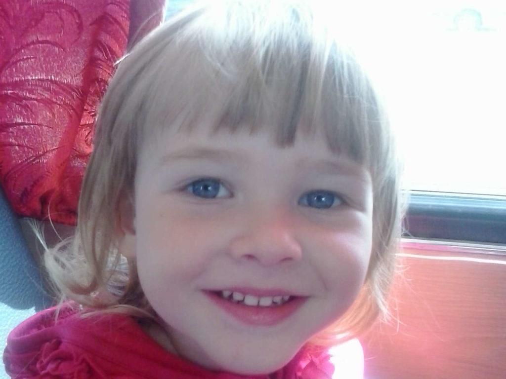 Антонова Эллина, 6 лет